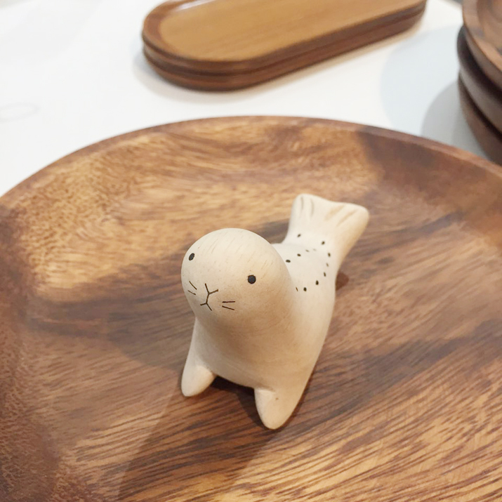 WOOD SEAL TOY